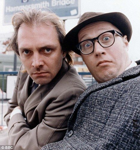 Rik Mayall & Ade Edmonson in Bottom.
