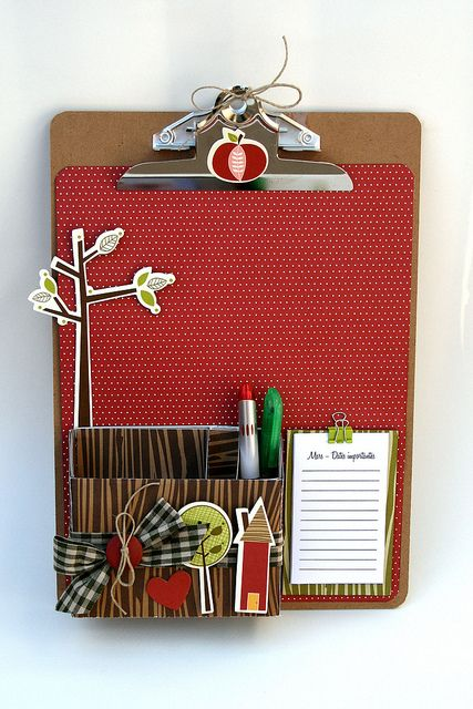 This would be easy to make and would be a cute teacher gift, etc.
