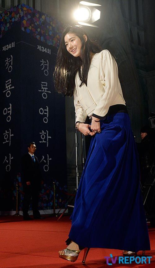 Jung Eun Chae @ 34th (2013) Blue Dragon Film Awards » Dramabeans » Deconstructing korean dramas and kpop culture