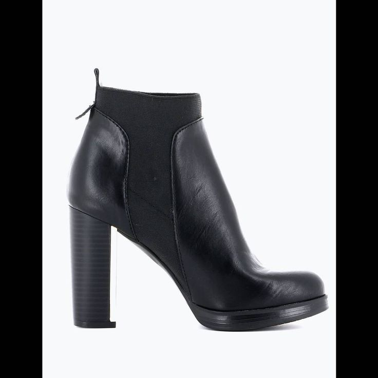 texto chaussures paris