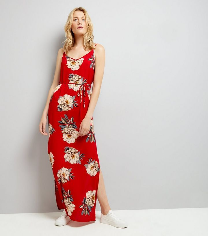 AX Paris - Robe longue rouge à imprimé floral   New Look