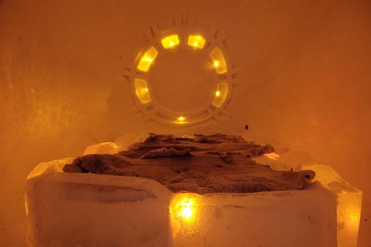 Bedroom in the igloo at the Hariniva Holiday Centre, near Muonio.