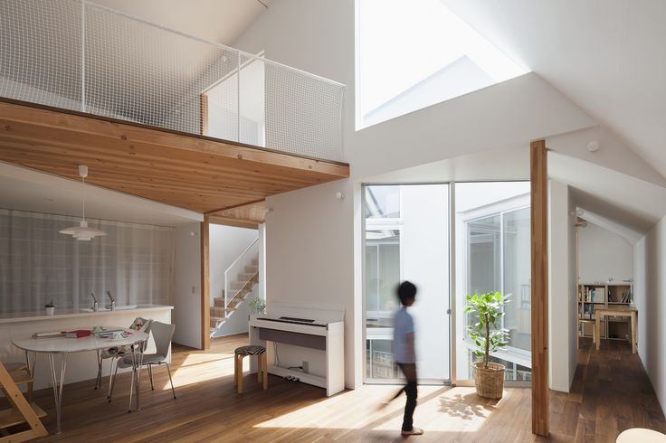 Galeria de Casa dos pisos separados / Jun Yashiki & Associates - 5
