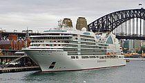 SEABOURN ENCORE. Ιδιοκτησία: Seabourn Cruise Line Ltd. - USA. (Beneficial owner: Carnival Corp. - USA. Διαχείρηση: Seabourn Cruise Line. Παρθενικό ταξίδι στις 17/01/2017. 41.865 GT. ~ 210 μ.μ. ~ 27,99 μ.πλάτος. ~ 12 κατ/τα ~ 18,5 ~ 24 knots ~ 600 επ. ~ 450 ατ.πλ.