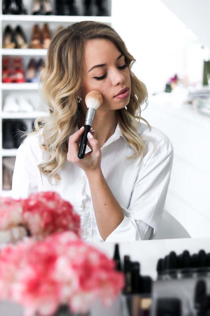Make Up Produkte, die du unbedingt testen solltest! Von Foundation, Concealer, Mascara, Primer, über Rouge, Eyeshadow, Lipstick bis zu Brushes und Highlighter.