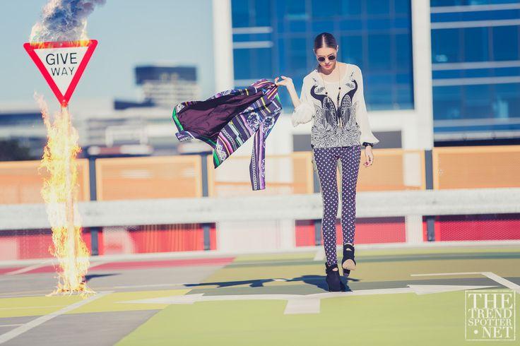 Fashion Editorial Street Style #Fashion #Editorial #Street #style #dashagold #colingold #thetrendspotter #festival #festivalstyle #alicemccall #camillaandmarc #designbyjude #baredfootwear #styling #fashion #prints