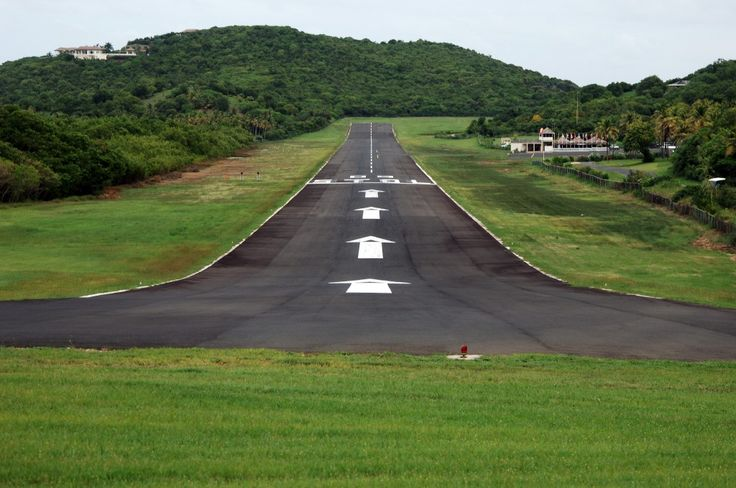 Mustique Airport ◆St. Vincent und die Grenadinen – Wikipedia http://de.wikipedia.org/wiki/St._Vincent_und_die_Grenadinen #Saint_Vincent_and_the_Grenadines