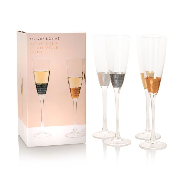 Looking for some Christmas decorating ideas? These honeycomb glasses are hand finished in delicate copper, gold, silver and pewter foiling bringing a touch of warmth and texture to your glassware and tableware collection.