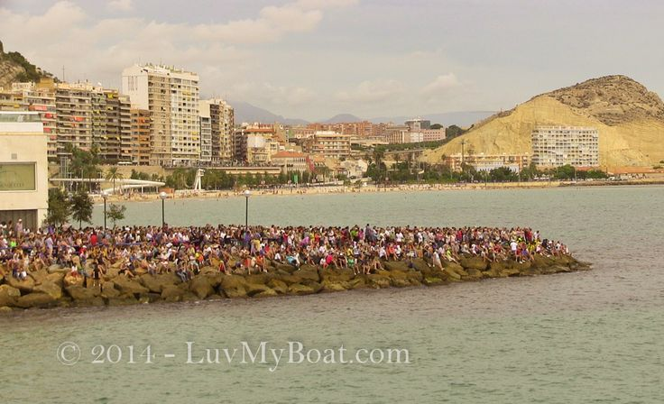 Crowds line every vantage point in Alicante for the start of the Volvo Ocean Race 2014/15