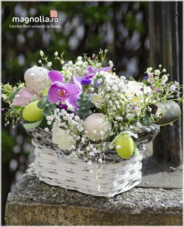 Aranjament floral de Paste. Easter flower arrangement