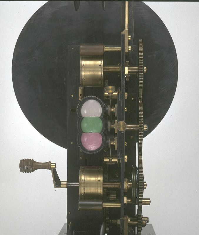 Lee and Turner Colour Projector, 1902. | por National Media Museum