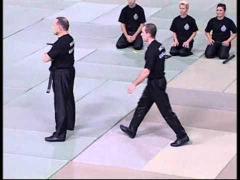 Démonstration Self-Défense et Krav-Maga par Claude POUGET, Monaco Monte-Carlo - YouTube