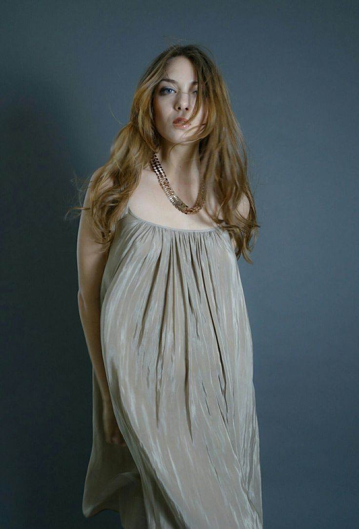 Beautiful model   https://www.instagram.com/yocco.post/
