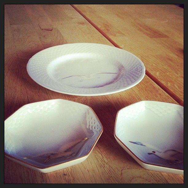 """Porcelain from the Danish brand, """"Bing & Grøndahl"""" - now called Royal Copenhagen.   Cakeplate and ashtrays."""