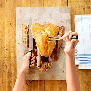 Taste of Home                        Thanksgiving Recipes                     -                                                   Give thanks for family and friends by making these favorite Thanksgiving recipes! Plan the ultimate holiday feast with recipes for turkey, side dishes, pumpkin pie and more Thanksgiving dinner ideas, plus easy cooking and decorating tips, techniques and how-tos.