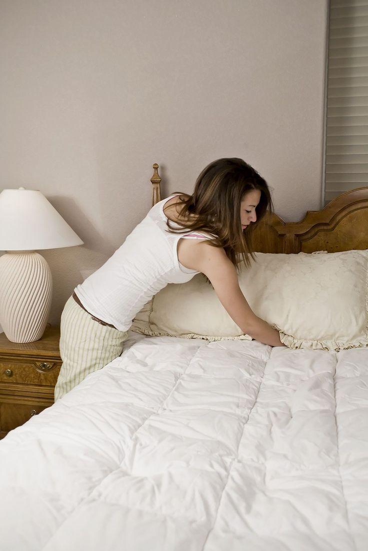 Er gaat niets boven een fris opgemaakt bed met knisperende lakens. Maar voor een op en top opgeruimde en schoneslaapkamer moet je toch iets meer werk verrichten. Tada,een handigechecklist! Opruimen doe je dagelijks Lucht je dekbed. Op die manier krijgt…