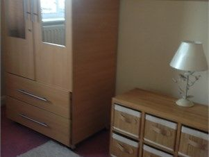Double room for rent - Enfield. Double room to rent furnished close to shops bus stops and next to Enfield Lock Station