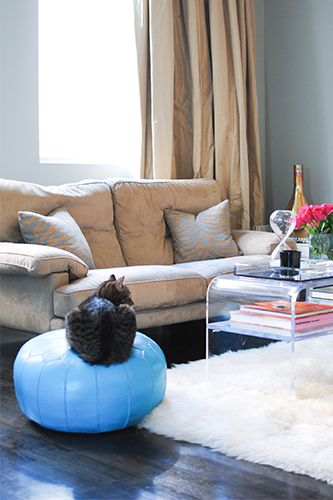 Peek Inside An Interior Designer's Crazy-Beautiful Chelsea Pad  #refinery29  http://www.refinery29.com/chelsea-apartments#slide16  Lucite coffee table with accessories by Alexandra Von Furstenberg.