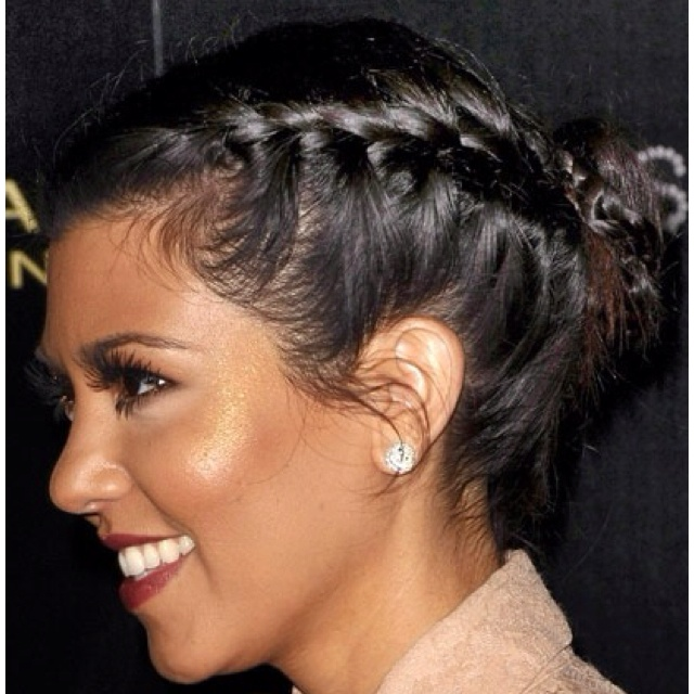 Kourtney Kardashian - Makeup! and her hair! I love this hair do!