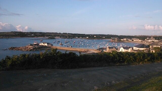 Vista del puerto de St Marys desde el hotel Star Castle