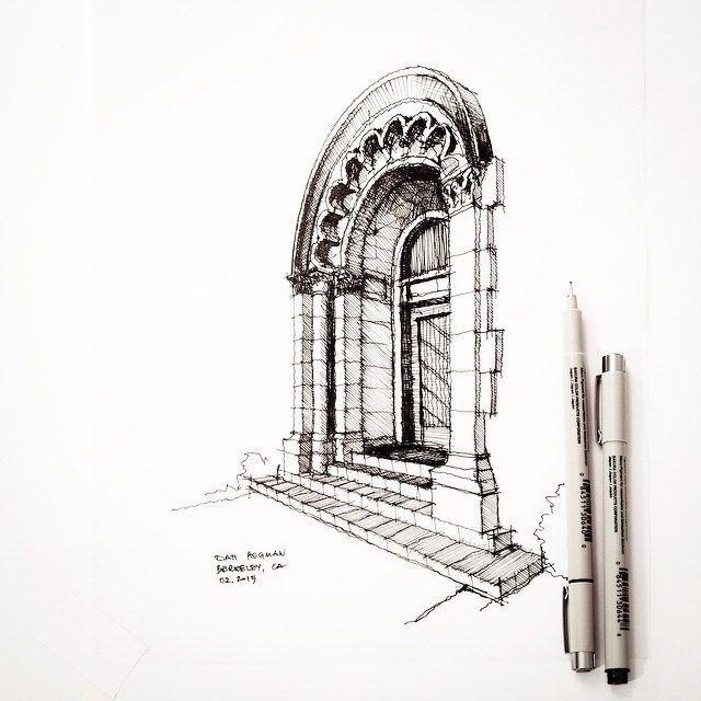 I walked by this Julia Morgan building in Berkeley. #sketch #drawing…