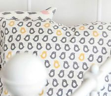 Modern chicks 100% Cotton Remnant  fabric 110 x 22.5cm Quilting fabric off g