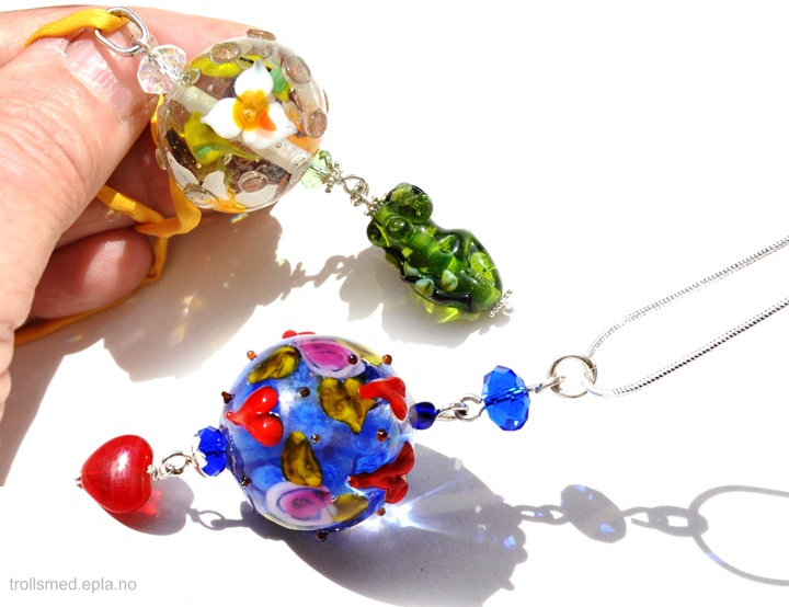 My lampwork and sterling silver http://trollsmed.epla.no