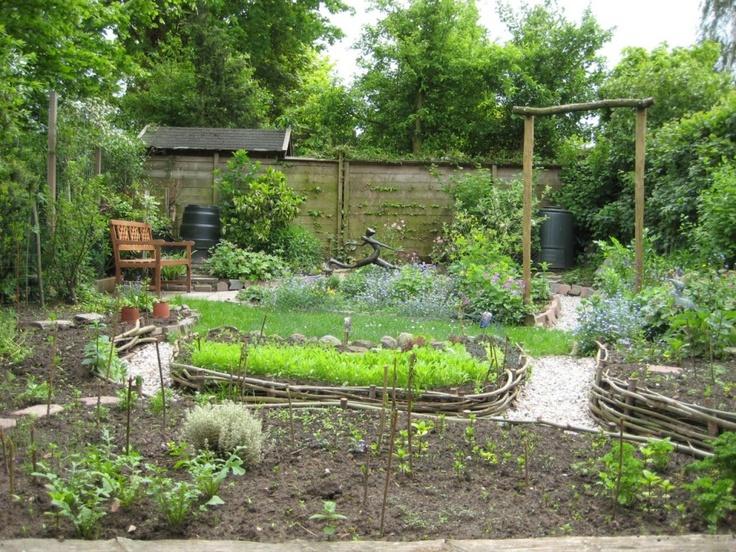 De paadjes de wilgentenen afboordingen tuin tuin for Tuinontwerp eetbare tuin