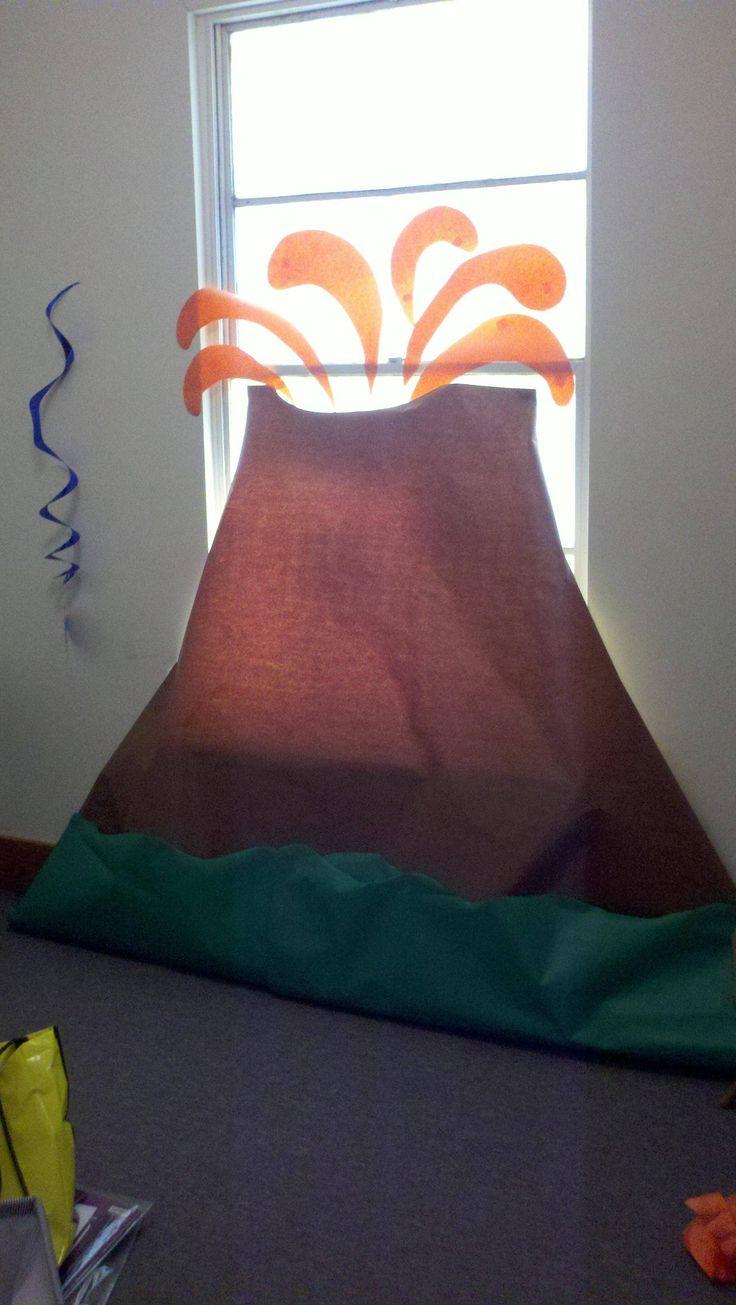 VBS 2012...paricitun volcano