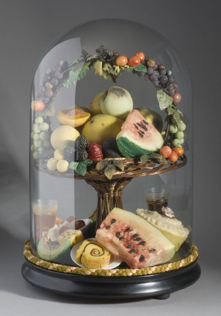 74 best diorama images on pinterest glass domes for Decoration wax