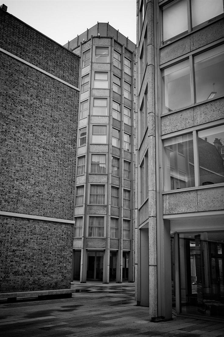 Economist Building, London  Alison & Peter Smithson 1964