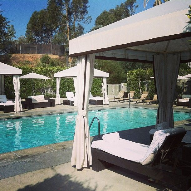 Luxe Sunset Boulevard Hotel in Los Angeles, CA