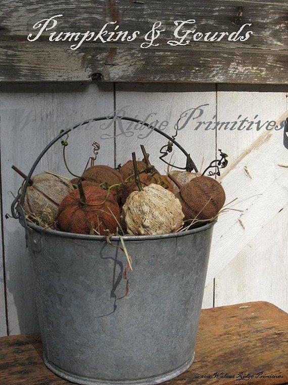 Pumpkins & Gourds Pattern Primitive Folk Art Fall