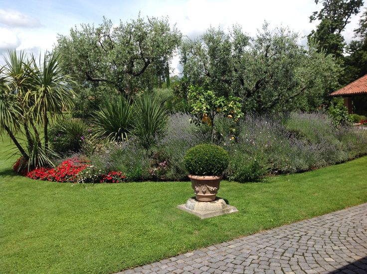 Location per Matrimoni nelle colline Biellesi  www.weddinglafioreria.com