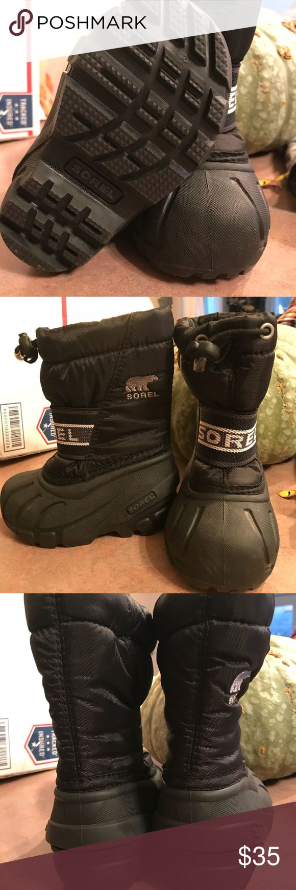 Toddler Sorel snow boots size 6 Like new toddler Sorel snow boots. Bought less than two weeks ago but they are too small. Sorel Shoes Rain & Snow Boots