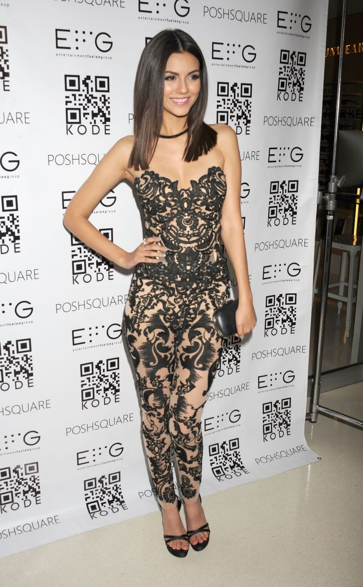Victoria justice kode magazine 2015 celebrity style for Victoria magazine low country style