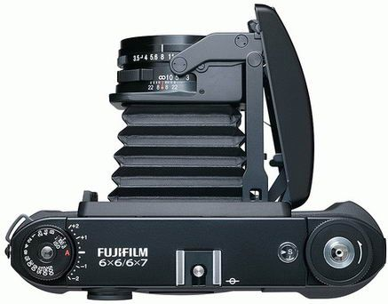 http://fourstarfilm.com/wp-content/uploads/2014/01/fujifilm-gf670-professional-medium-format-folding-camera-11.jpg