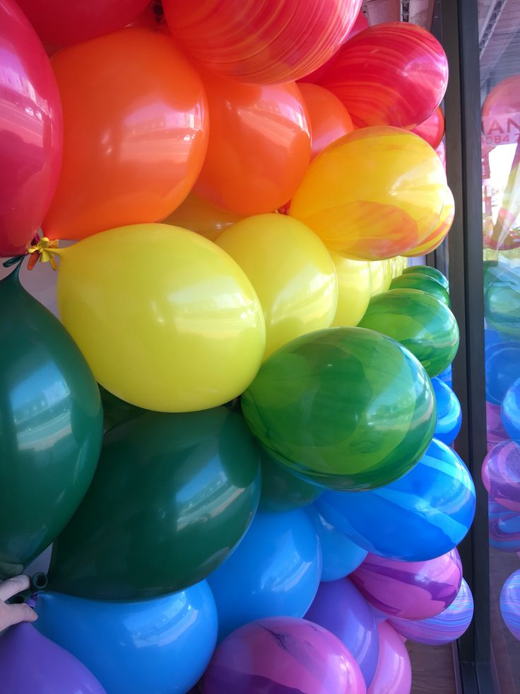 115 best cool colour combinations images on pinterest for Balloon decoration color combinations