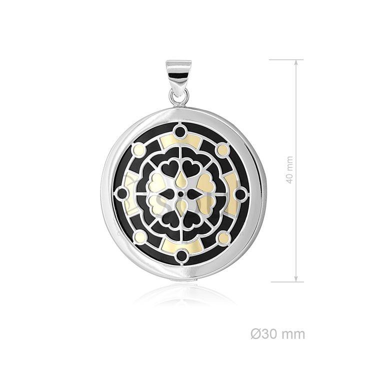 REF. 361012. Colgante Mandala. Colgante con nácar u ónix en plata de Ley.