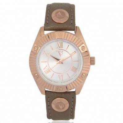 TOV Essentials horloge 1462 Rose gouden dameshorloge 1462 van TOV Essentials. Een horloge die gemakkelijk is te combineren met ieder outfit. De grote van de kast is 36 mm. De band is van echt leder gemaakt.