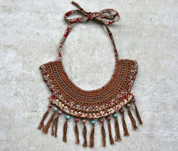 Collana in stile etnico in seta e cotone /riciclo creativo/ /fatto a mano/pezzo unico /stile tribale