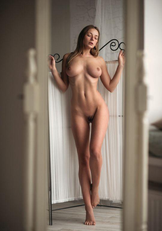naked sexy woman soft tits