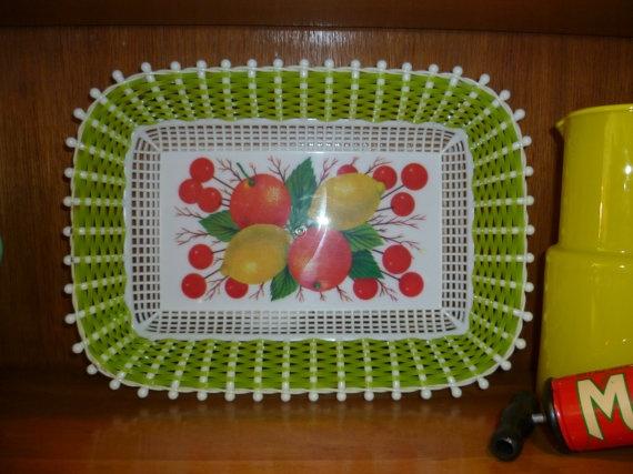 Vintage Retro Plastic Woven Fruit Tray by acolourfullife1 on Etsy, $15.00