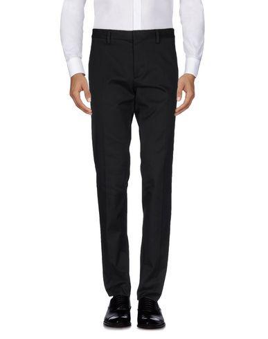 DSQUARED2 Pantalone. #dsquared2 #cloth #top #pant #coat #jacket #short #beachwear