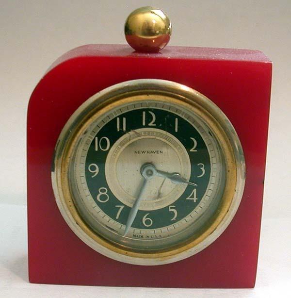New Haven Art Deco Red Catalin Bakelite Clock With Domino Design CUTE