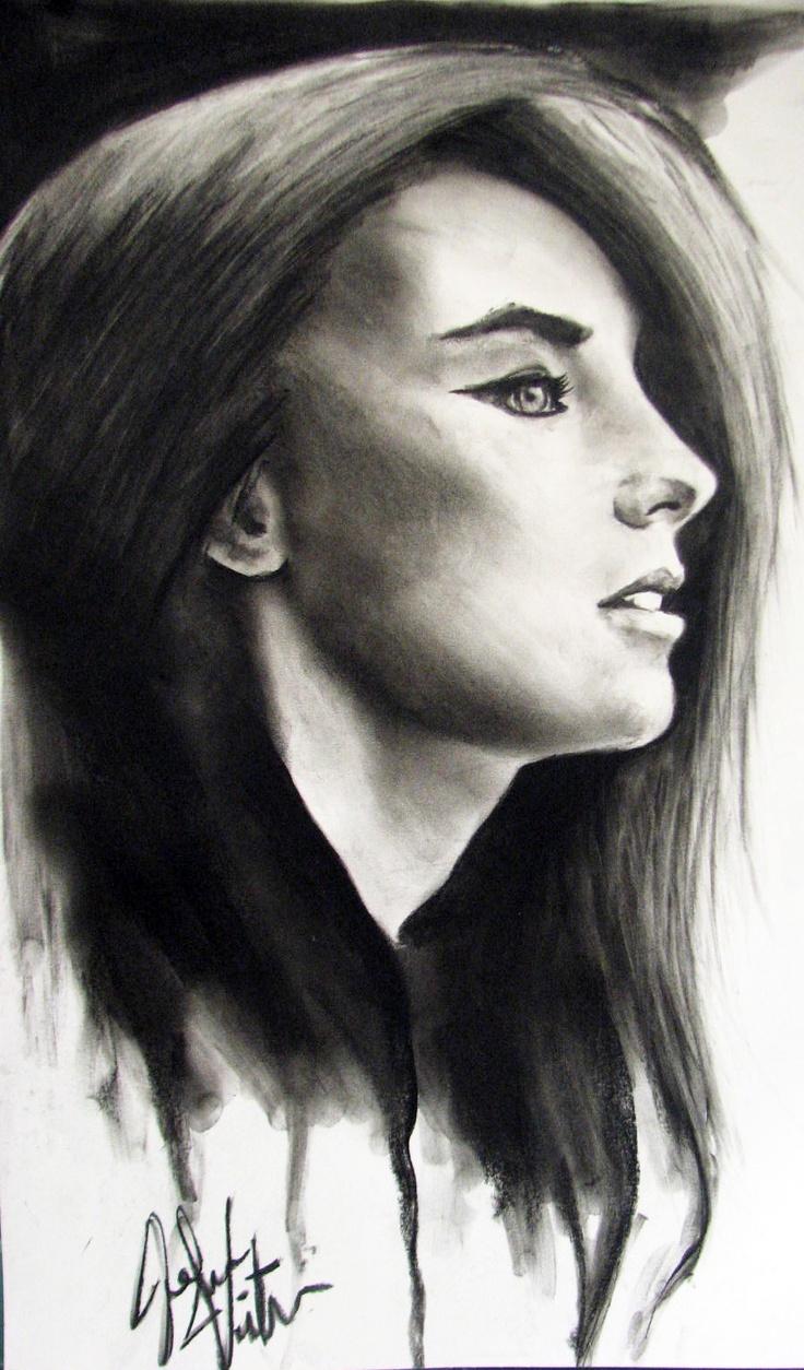 Charcoal sketch that Máni drew