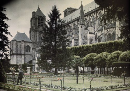 Bourges, Berry. A view of Saint Etienne Cathedral from a public garden. Photographer: JULES GERVAIS COURTELLEMONT