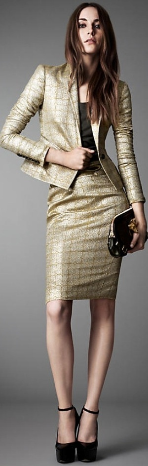 Burberry London 2013  ♥✤ -- reminds me of a gold tweed suit I used to have, not so long ago