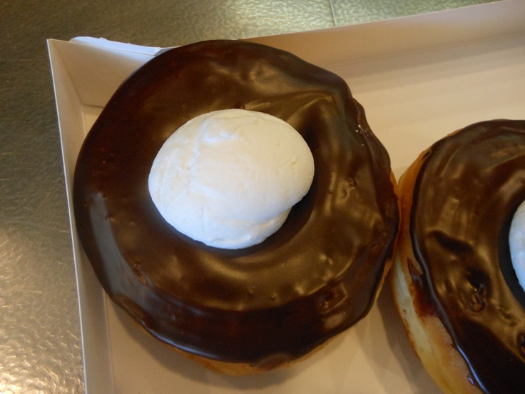 cyclops donuts! Heaven on earth!: Kenoshabest Donuts, Kenosha Best Donuts, Finding Topic, Breakfast, Cyclops Donuts Paielli, Cyclops Donutspaielli, Kenosha Wisc, General Interesting, Heavens