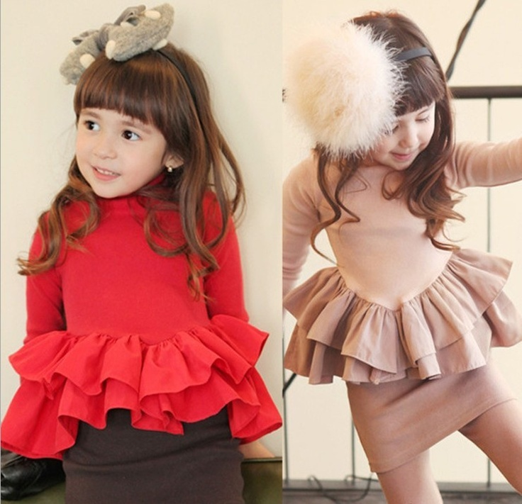 Girls' white and beige Simonetta dress with peplum at waist, flare skirt and zip closure at back.